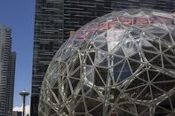Amazon's Bezos Commits To Seattle With Big Plant-Filled Spheres