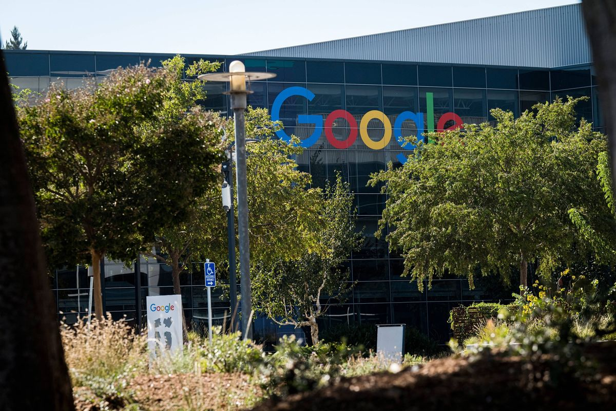 Alphabet to Introduce Executive Bonuses Partly Tied to ESG Goals