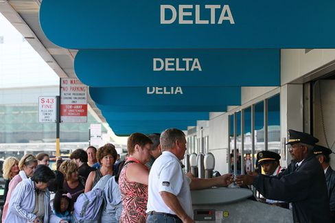 Delta Broke Passenger-Bumping Rules. The Penalty? Buy Some Tablets