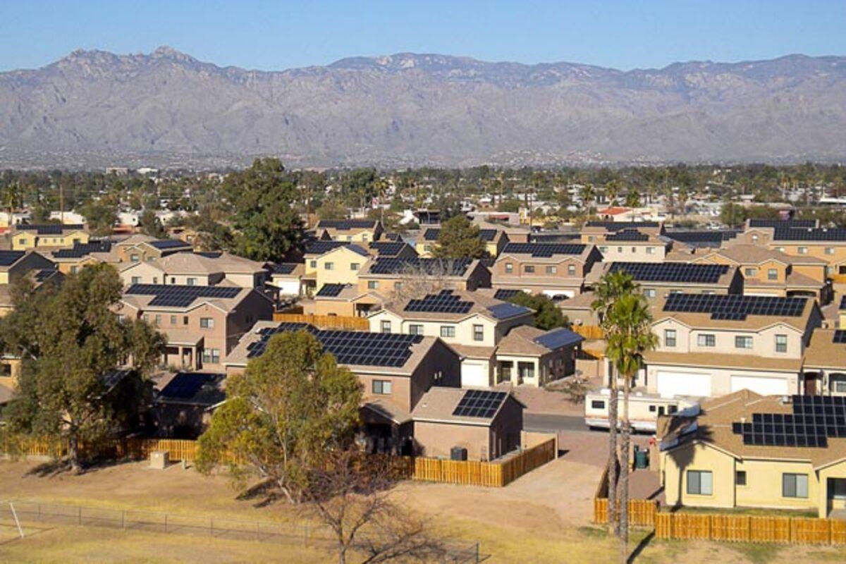 Tesla's Industrial-Grade Solar Power Storage System