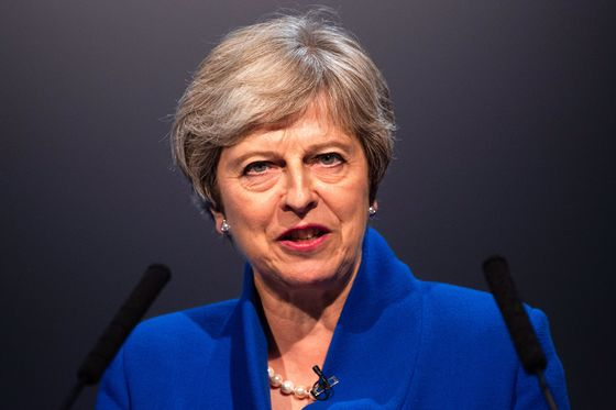 Tory Rebels See Three-Week Limit for May to Dump Brexit Plan