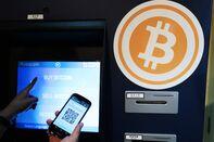 Bitcoin Rally Boosts Smaller Crytpos Litecoin, Ether to Records