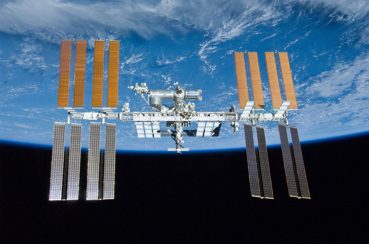 NASA Can't Figure Out Why the Space Station Is Leaking Air