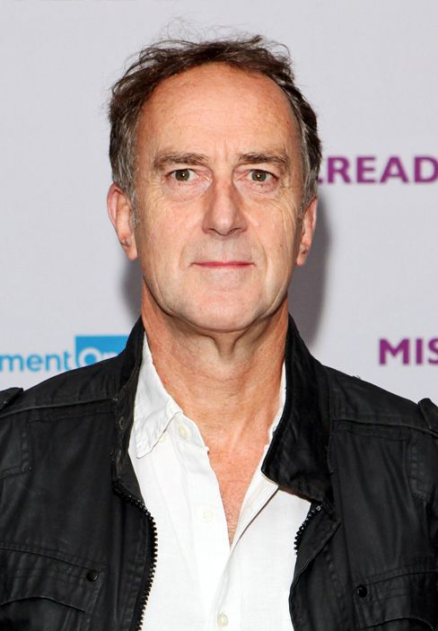 The British comic actor Angus Deayton. There's a crucial spelling difference in their surnames.