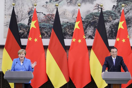 Merkel Tells China It Risks European Backlash Over Investments
