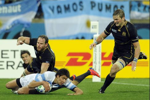 Argentina Stays Alive at Rugby World Cup