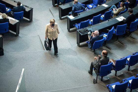 Deutsche Bank Raps Analyst Who Slammed Merkel Era Failings