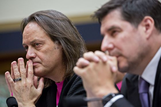 T-Mobile's Proposed Sprint Deal Draws Criticism From Democrats