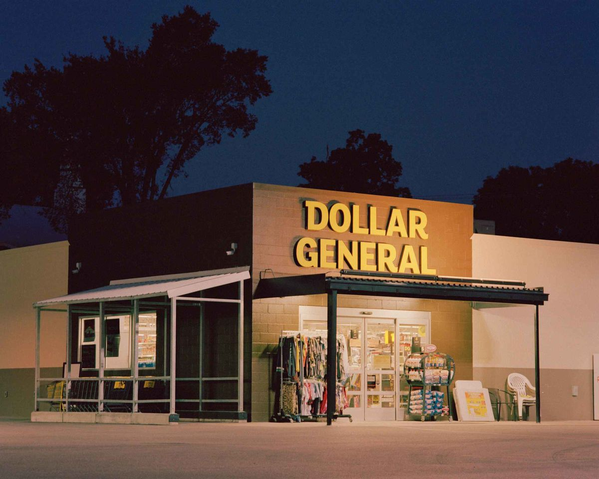 Dollar General Hits a Gold Mine in Rural America - Bloomberg