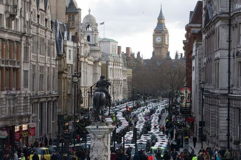 BRITAIN-PROTEST-TAXI-UBER-TRANSPORT