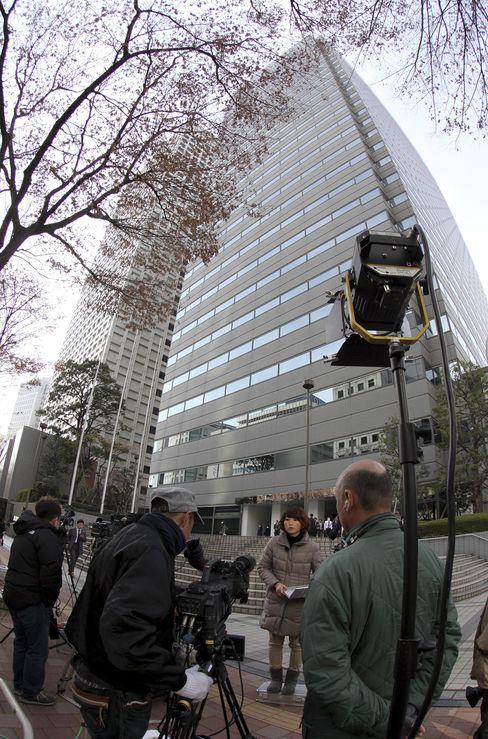 Olympus-Related Companies Searched by Japan Investigators