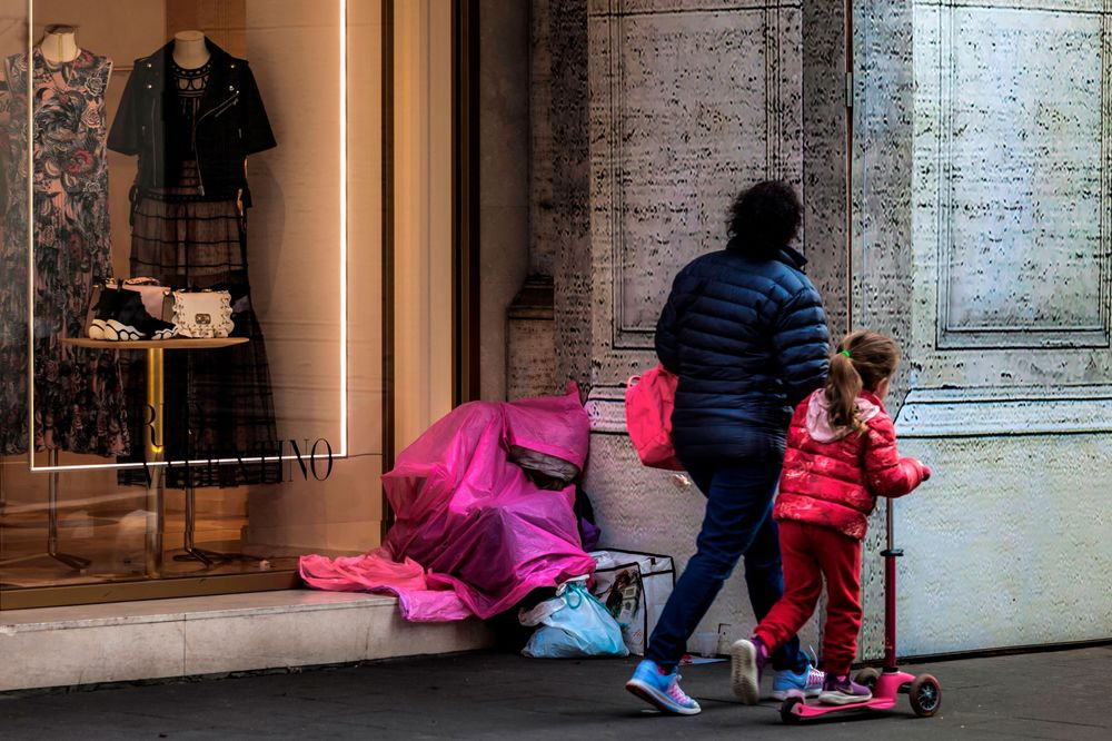 Poverty in Italy Fell Slightly Before Populist Income Support