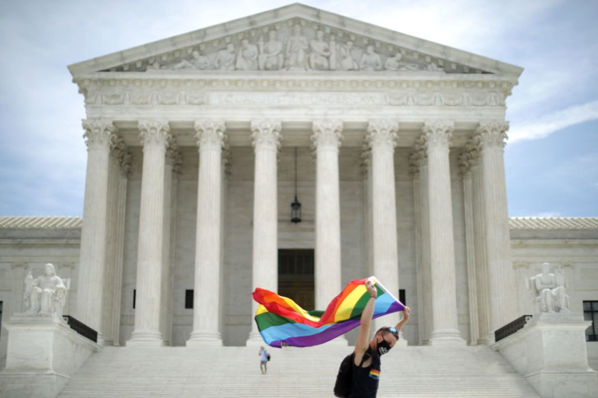 U.S. Supreme Court Rules to Protect LGBTQ Workers from Discrimination
