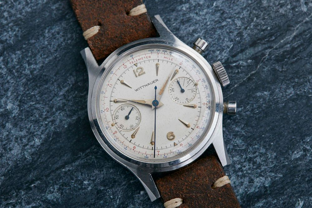 e218f420cdb7 How to Tell How Much Your Vintage Watch Is Worth - Bloomberg