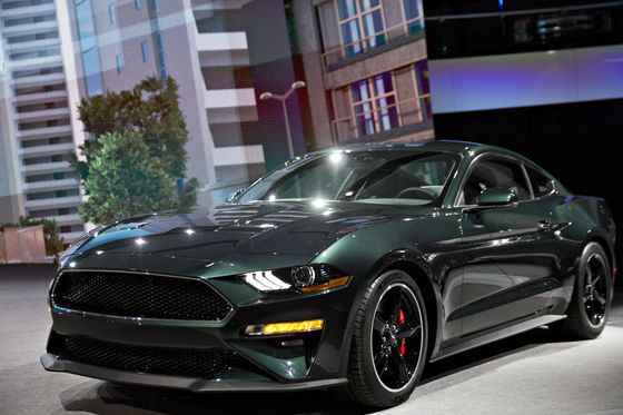 Ford Puts Muscle Behind Mustang as Other Cars Fade From Showroom