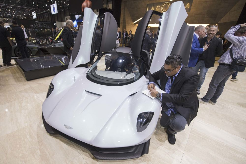 Geneva Auto Sales >> How One Collector Spent 4 Million In A Day At Geneva Auto Show