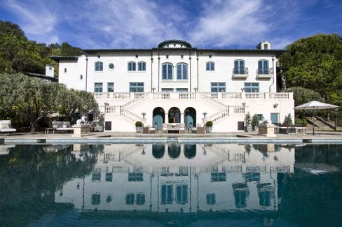 A rearview of the house and pool at Robin Williams's former estate in Napa.