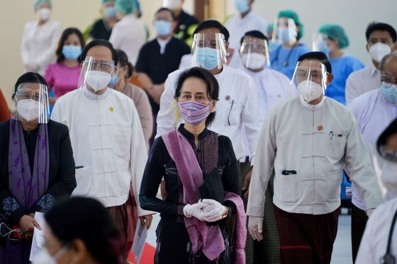 Political Tensions Flare in Myanmar, Sparking Fears of a Coup