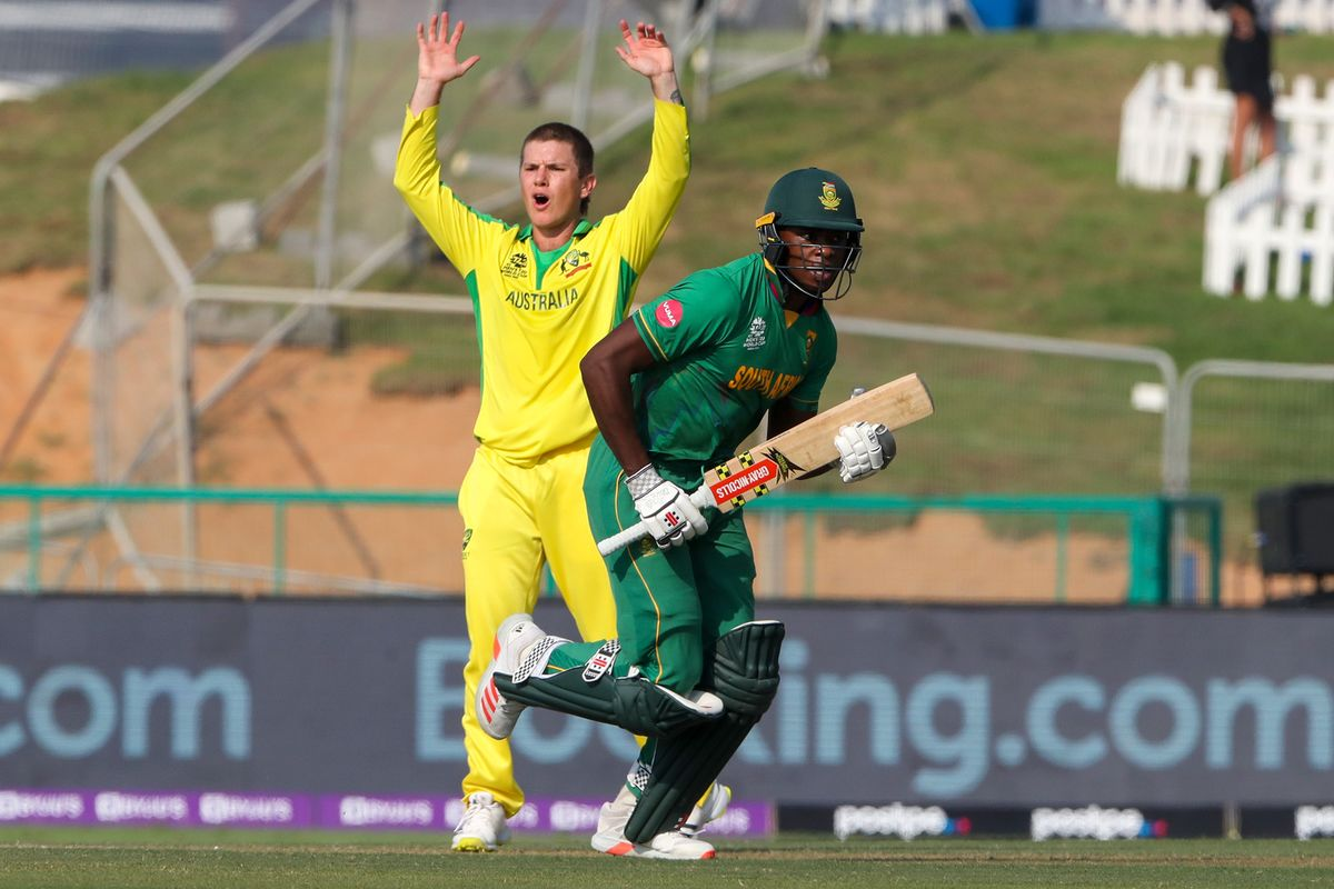 Cricket South Africa Orders Team to Take Knee and Back BLM