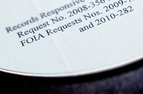 Transparency Outsourced as U.S. Hires Vendors for Disclosure Aid