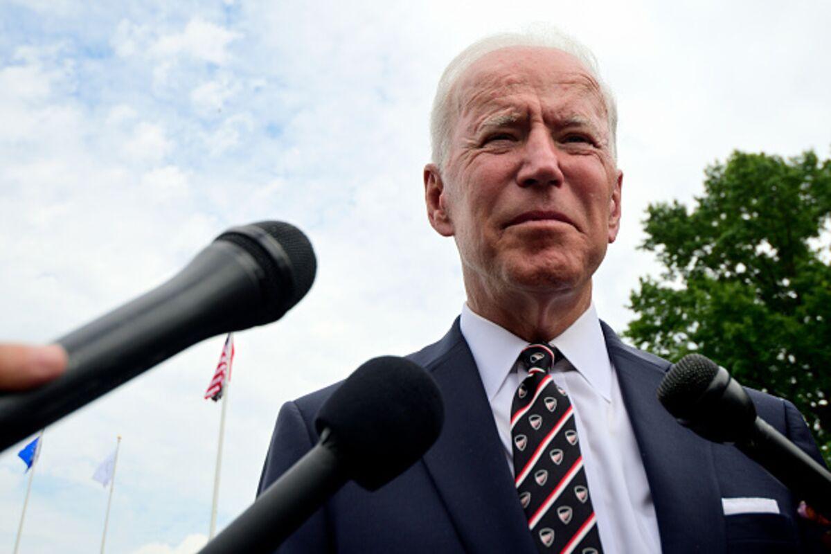 Joe Biden Confronts a Demagogue and a Dilemma