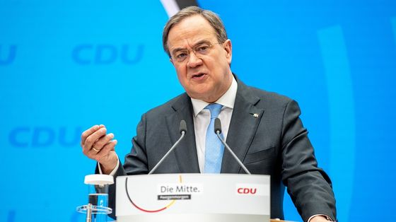 Laschet Says EU Budget Rules Must Be Reinstated After Covid