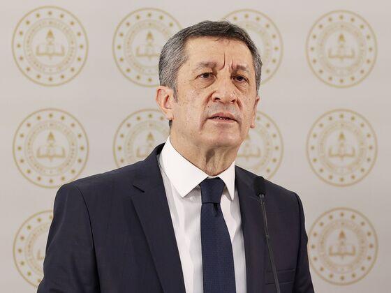 Erdogan Removes Education Minister After Remote Classes Backlash
