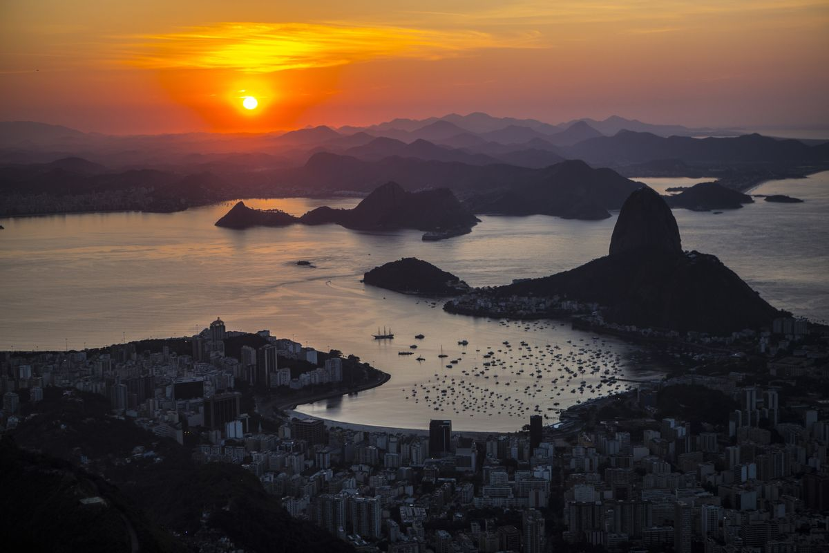 Record Inflows to Brazil Equity Funds Defy Fleeing Foreigners