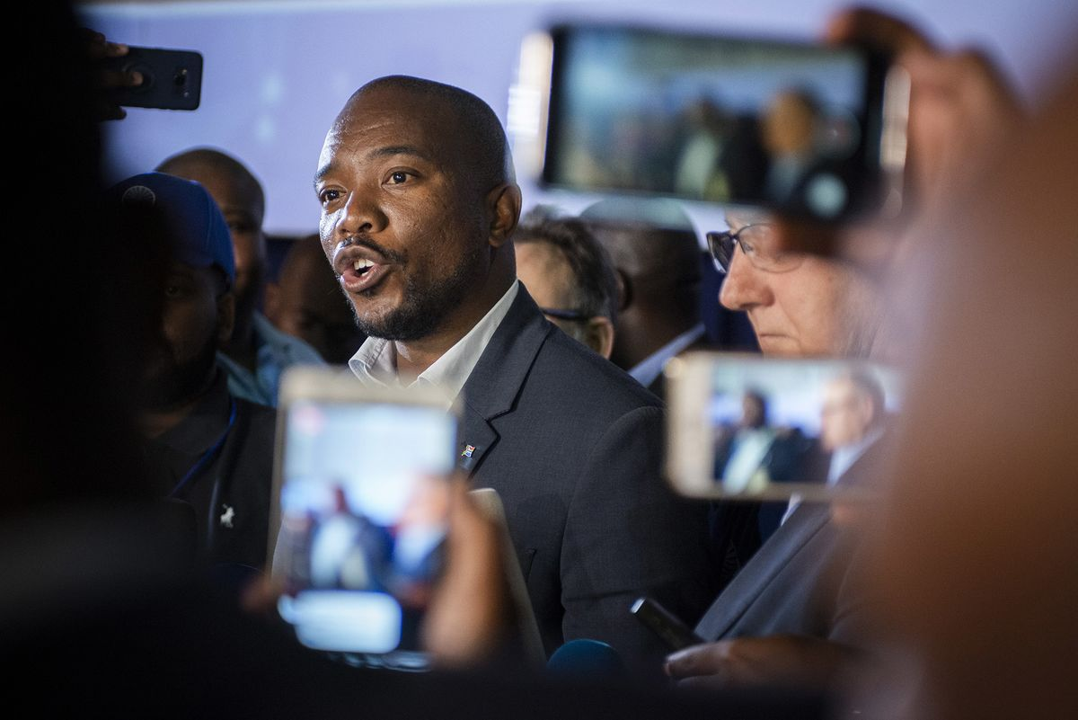 Return of Old Guard Puts S. Africa Opposition Head on Notice