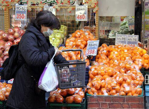 1月の消費者物価は前年比0.2%低下-4カ月連続で下落幅縮小
