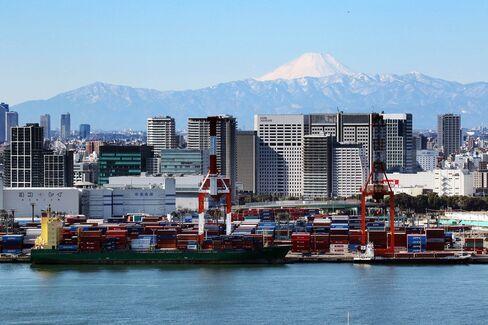 JAPAN-TRADE-ECONOMY