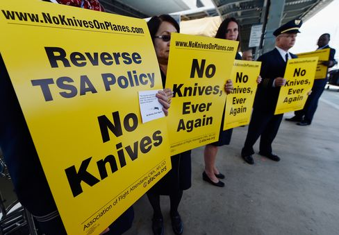 TSA Keeps Pocket-Knife Ban After Protests From Airline CEOs