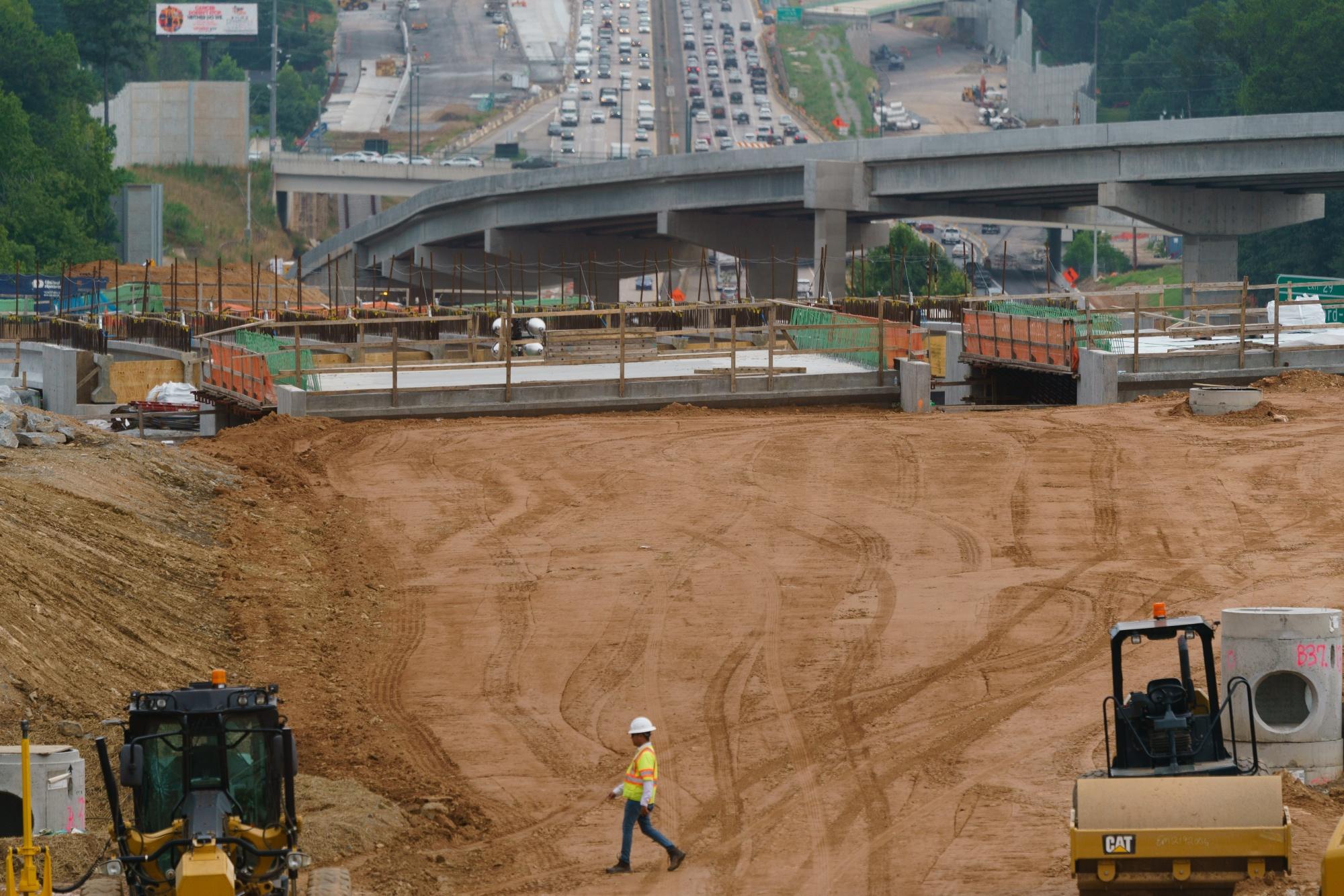 El trabajo y los grupos de presión empresariales de EE. UU. Se unen a la ley de infraestructura de Tout