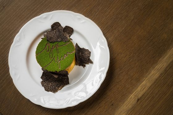 All Rise! The Soufflé Is Chefs' Comfort Food of Choice This Year