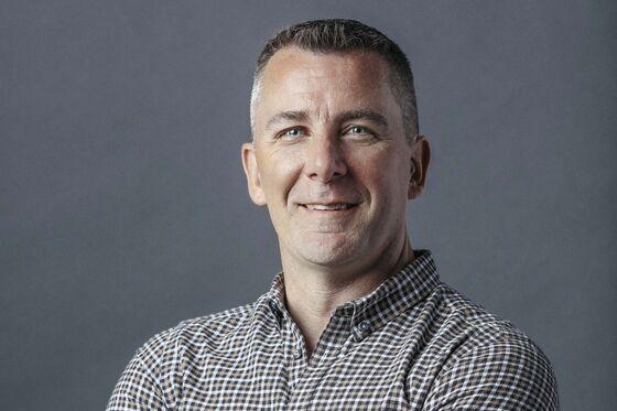 Shinola CEO Tom Lewand Predicts a Bigger 2019 for Brick-and-Mortar
