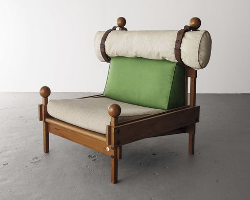 Tonico armchair with original upholstery and leather cushion. Designed by Sergio Rodrigues, Brazil, 1963.