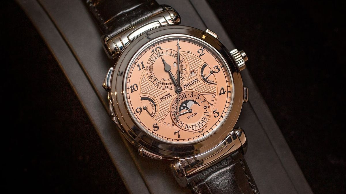 Patek Philippe Has Changed How It Issues Collateral for Collectors thumbnail