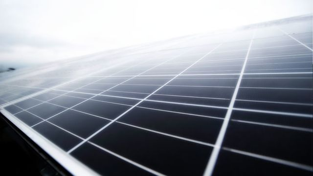 What Apple Just Did in Solar Is a Really Big Deal