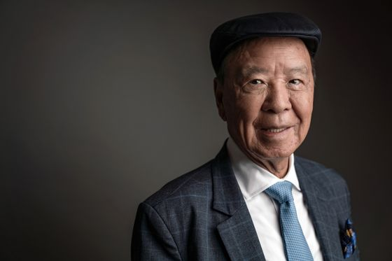 Hong Kong Billionaire Offers 'Nobel Prizes' With Double the Money
