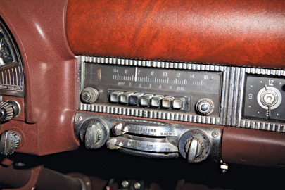 Old AM radio dials control an iPod