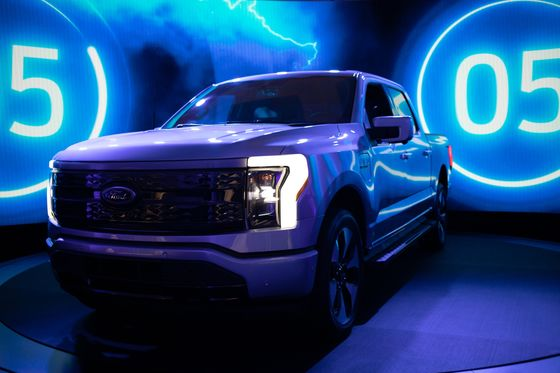 Ford, SK Invest $11.4 Billion in Electric Truck, Battery Plants