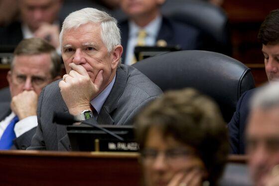 Trump Backs Mo Brooks in Alabama Senate Race Over His Ex-Ambassador