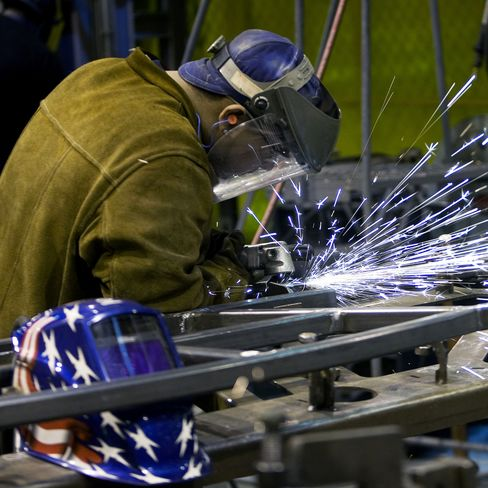 Worker productivity in U.S. unexpectedly declined