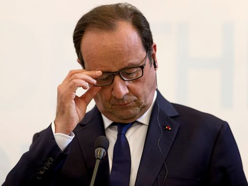 WikiLeaks, which has been publishing unauthorized documents since 2006, reported that the U.S. National Security Agency spied on Hollande, Nicolas Sarkozy and Jacques Chirac from 2006 to 2012.