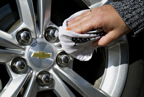 Spark in Sales of Cars and Trucks Drives U.S. Economy