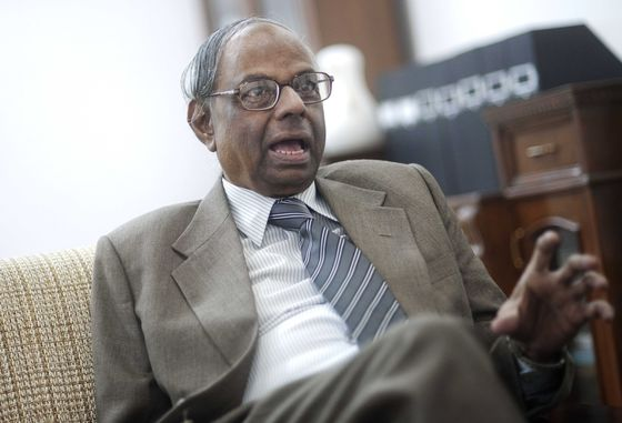 An Accountant Stirs Debate as India Central Bank Board Meets