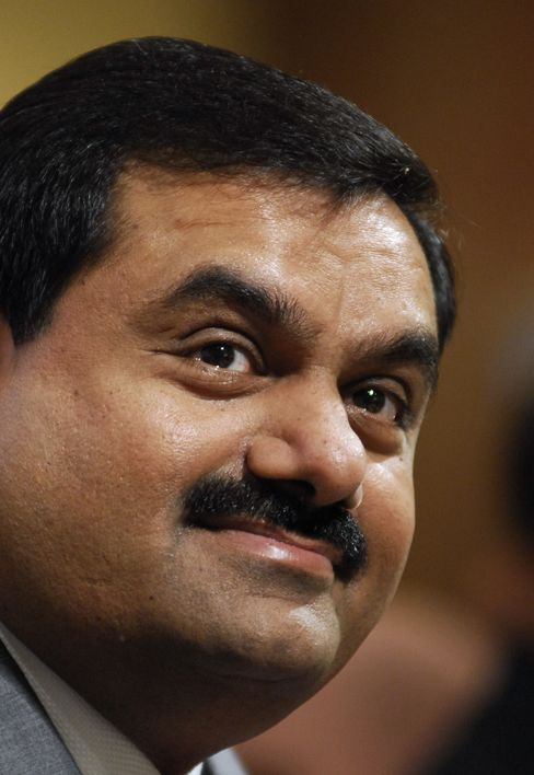 Billionaire Adani Borrows Offshore on Lower Rates