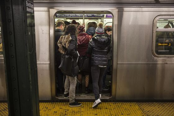 NYC Subway Boss's Pledge to Modernize Clashes With Comptroller