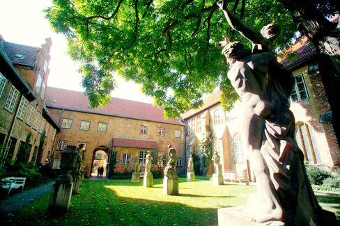 St. Annen-Museum Courtyard