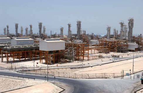 Iran LNG Says It Will Overcome Sanctions, Start Exports 2012